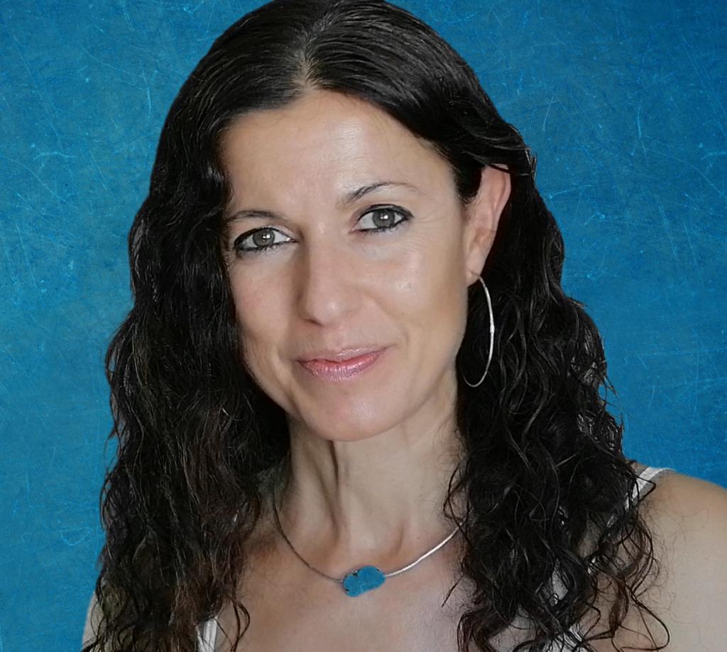 Elena Královna tarotista profesional y profesora de Tarot